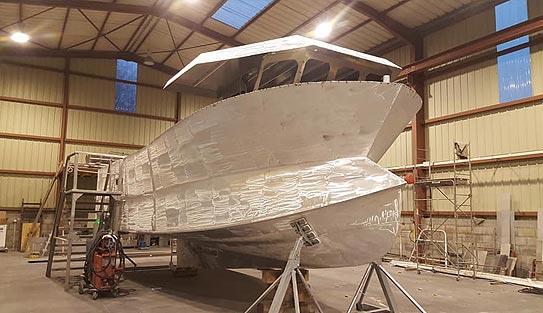 bateaux aluminium manche